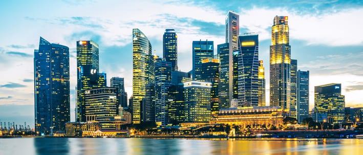 SINGAPORE skyline 2 smallCROP